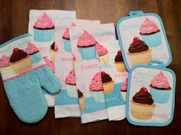 Cupcake Kitchen Decor Sets 7 Piece Too Cute Cupcake Kitchen Dish Towels Set With Pot Holders