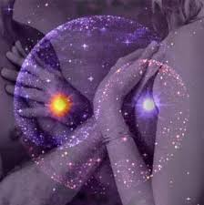 Resultado de imagen de el amor entre hombre y mujer energia