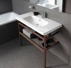Arredare la stanza da bagno: le tendenze verso uno stile minimal