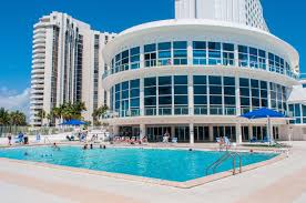 Design Suites Hollywood Beach Florida Collins Apartments By Design Suites Miami Beach Fl