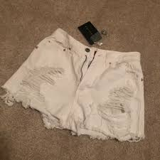 Signature 8 White Distressed Jean Shorts Nwt