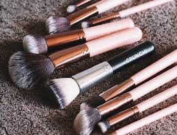 when it es to makeup brushes did you know that you are technically supposed to wash them after every use as you can imagine our makeup brushes are a