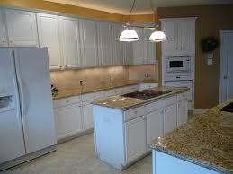 Venetian Gold Granite Kitchen New Venetian Gold Granite For Kitchen Ideas Gold Silver Bronze