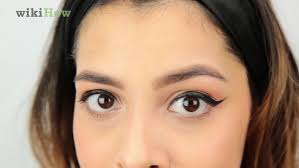 wikihow video how to make cat eyes with eyeliner