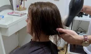 Erikine Jemné Vlasy Vždy Skončili Vo Chvoste Nový účes Ju Celkom