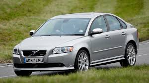 Volvo S40 Saloon (2004 - 2012) Driving & Performance   Parkers
