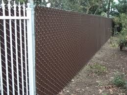 Interesting Chain Link Fence Slats With Pvc And Design Ideas