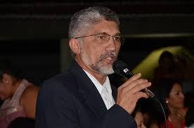 Resultado de imagem para foto de luizinho cavalcante ex-prefeito de carnaubais