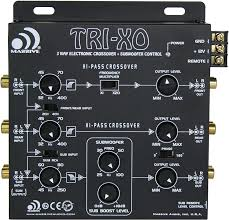 Amazon.com: Massive Audio TRI-XO - 3 Way Electronic Crossover with Subwoofer  Control, 180 Phase Switch, 3 Sets 5V Outputs, Adjustable Crossovers: Car  Electronics