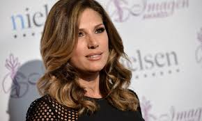 Daisy Fuentes Size Chart Daisy Fuentes Height Weight Age And Body Measurements