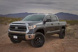 2014 Toyota Tundra Crewmax 4x4 Lift Review - YouTube
