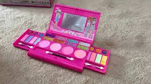 makeup kits for little girls. the makeup set for little girls review, fun young kits