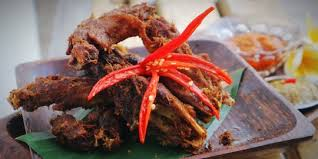 Kuah sayurnya menggunakan sayur godog nangka muda yang kental dan gurih kuahnya. Resep Kepala Ayam Goreng Ala Warung Lalapan Kaki Lima Merdeka Com