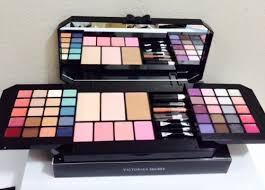 victoria secret makeup kit vs ultimate s essential makeup kit must have looks at low s