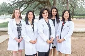 Our Doctors | Aurora Gonzalez, M.D. And Associates