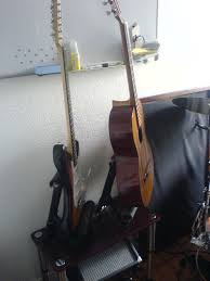 picture of the pvc single guitar stand