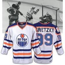 Browse edmonton oilers jerseys, shirts and oilers clothing. Wayne Gretzky S 1979 80 Edmonton Oilers Game Worn Rookie Season Jersey Could Fetch Half A Million Dollars At Auction