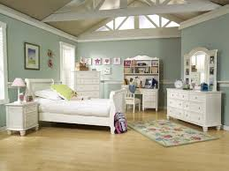 Charming Kids 5 Drawer Chest With Summer Breeze Collection Pieces Magnifier