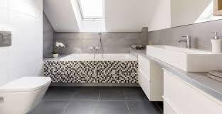 Regionale Angebote Für Badezimmer Kostenlos Erhalten Aroundhome
