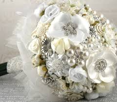 brooch bouquet for wedding which to choose or go back to fresh