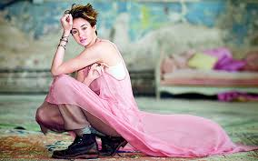 You can share this wallpaper in social. Shailene Woodley Hd Wallpapers Free Download Wallpaperbetter