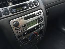 ford fiesta 1995 2003 radio removal guide radio dash kits car fiesta radio