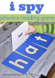 Learning the phonetic transcription of the letters will help you learn the pronunciation of the alphabet faster as well as remember it better. Easy Phonetic Reading Game Using Simple Words Teaching Phonics Preschool Learning Phonics