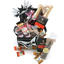 purim kosher gift baskets pareve gift sets michloach manot shaloch manot by yachad gifts