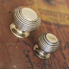 Low Projection Door Knob - Home Design Ideas and Pictures