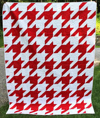 Houndstooth Quilt and Pattern! (Selvage Blog) | Quilt, Blog and ... & Houndstooth Quilt and Pattern! (Selvage Blog) Adamdwight.com