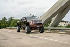 Toyota Tundra Gallery - RNR Wheels