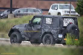 jeep ceo jl wrangler to be lighter debut first half 2018 jeep pickup in early 2018