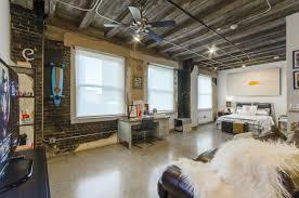 The Davis Building Loft Apartments For Rent In Downtown Dallas Tx