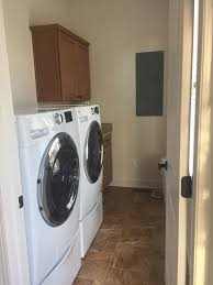 Q 622 VA Ave Laundry Room
