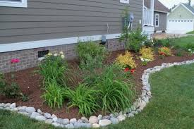 Landscape Borders And Edging Ideas Inexpensive Landscape Edging Edging Ideas  For Lawns