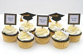 Cupcake Decorating Accessories Graduation Cupcakes with Doityourself Toppers Graduation ideas 87