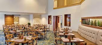 hilton santa cruz scotts valley hotel ca stonehouse bar grill tables