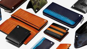 designer wallet brands for men