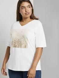<b>Футболки</b> женские – купить модные <b>футболки</b> для женщин в ...