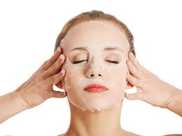 8 способов усилить эффект от <b>тканевой маски</b> | Marie Claire