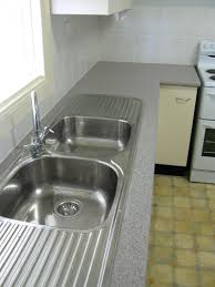 sink has capacity to wash large pots