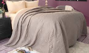 Solid Color Bed Quilts | Groupon Goods & Solid Color Bed Quilts: Solid Color Bed Quilts ... Adamdwight.com