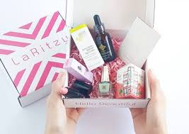 laritzy free makeup and cosmetics