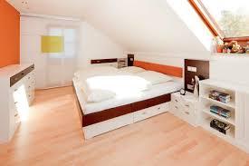 Schlafzimmer Mit Dachschräge Nanotime Uainfo