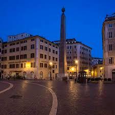 Die spanische treppe ist nicht nur die bekannteste treppe europas, sondern auch eine beliebter treffpunkt der römer. Hotels In Rom Nahe Piazza Di Spagna Und Spanische Treppe Trivago Ch