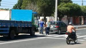 Resultado de imagem para fotos da Motoristas ignoram  estacionam na ciclofaixa em Juazeiro