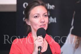 MUSICA ROVIGO Patrizia Laquidara, al Ridotto del Sociale il 16 dicembre, anticipa il programma del suo concerto trio. La voce che ammalia - patrizia-laquidara-2