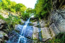Картинки по запросу водопад Махунцети