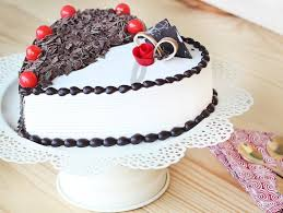 Heart Shaped Black Forest Vanilla Cake Torrid Affair Cake Bakingo