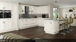 Shaker Style Kitchen Painted Sheraton Kitchen A Twist On The Normal Shaker Style Door